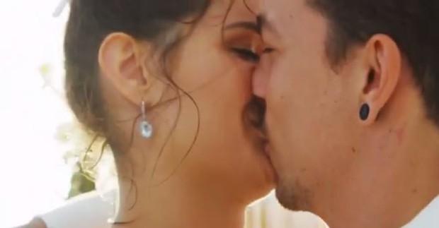 Vídeo de casamento de Di Ferrero e Isabeli Fontana (Foto: Reprodução / Youtube -  cavallaria Filmes)
