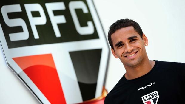 Douglas são paulo (Foto: Marcos Ribolli / Globoesporte.com)