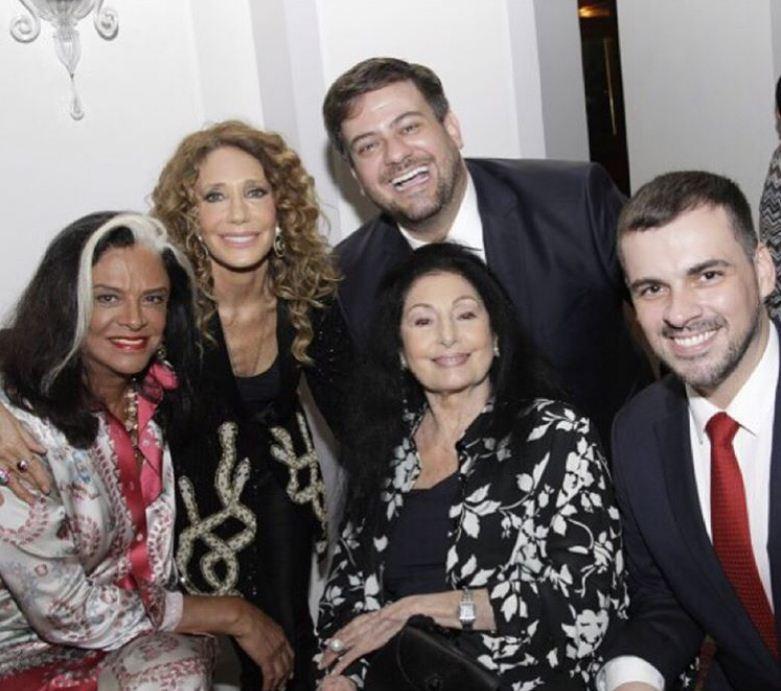 Carmen Mayrink Veiga e Sandro Barros (Foto: Reprodução/Instagram)