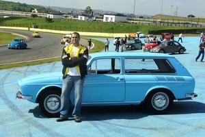 Fernando Garçon e sua VW Variant (Foto: Arquivo Pessoal)