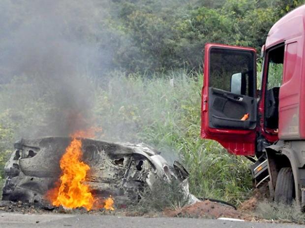 Acidente na BR-163 ocorreu dentro do perímetro urbano de Sinop. (Foto: Helen Barbosa/Arquivo Pessoal)