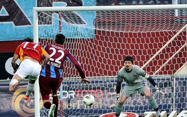 Trabzonspor x Galatasaray (Foto: Reprodução / Site Oficial do Galatasaray)