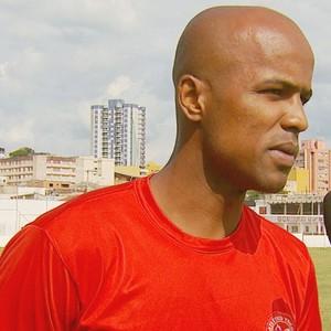 Atacante Léo Andrade, do Tricordiano (Foto: Reprodução EPTV)