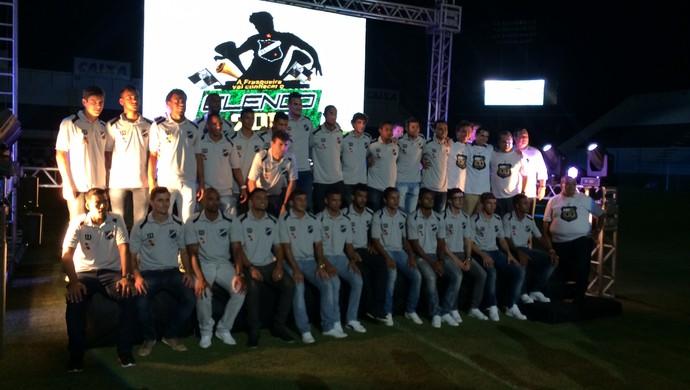 Jogadores do ABC - apresentação oficial (Foto: Augusto Gomes/GloboEsporte.com)