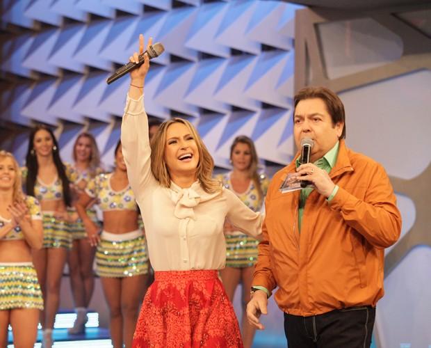 Claudinha mostrou a energia de sempre no palco (Foto: Raphael Dias / TV Globo)