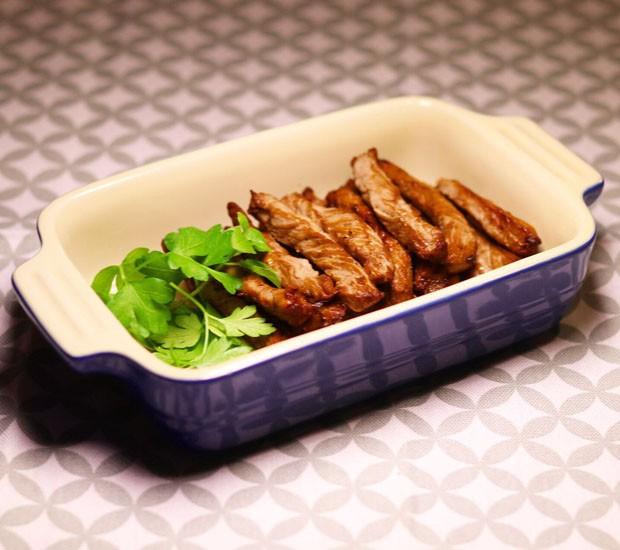 Receita: alcatra preparada na airfryer com molho oriental (Foto: Divulgação)