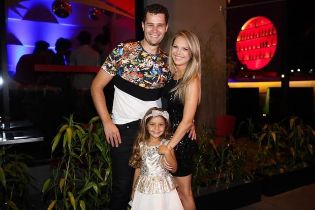 Pedro Leonardo com a família (Foto: Manuela Scarpa/Brazil News)