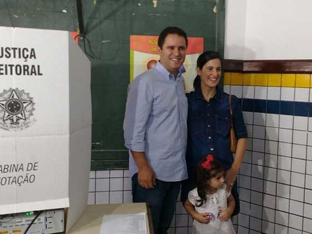 Edivaldo Holanda Junior (PDT) vota em São Luís (Foto: Divulgação/O Estado)