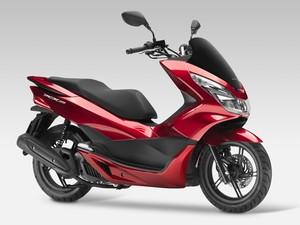 Honda PCX 150 foi renovado na Europa (Foto: Divulgação)