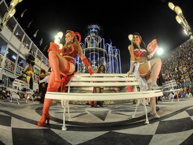 O enredo do Salgueiro é 'Ópera dos malandros' (Foto: G1/Alexandre Durão)