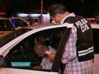 Polícia faz operação para evitar brigas entre taxistas e motoristas do Uber