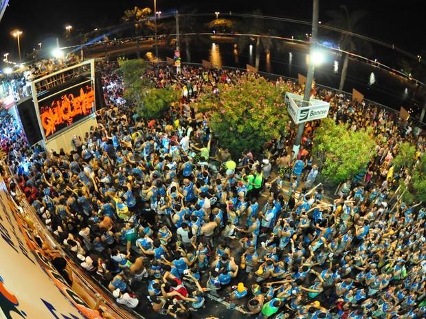 Durval Lélis comandou pela 22ª vez o Cerveja & Coco no Pré- Caju  (Foto: Jorge Henrique/G1 SE)