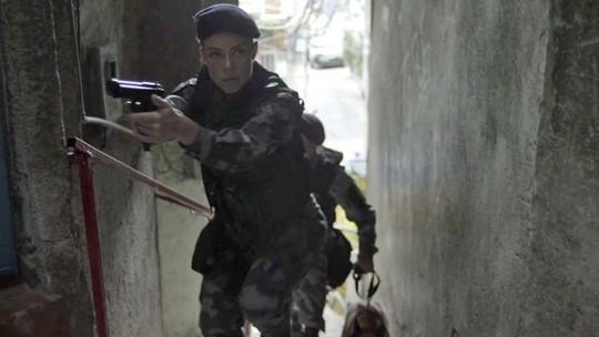 Jeiza lidera operação em favela; Paolla Oliveira adianta cenas eletrizantes