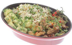 Lombo tropical com abacaxi, arroz de amêndoas e batata-doce ao mel: receita da Laka Brandão