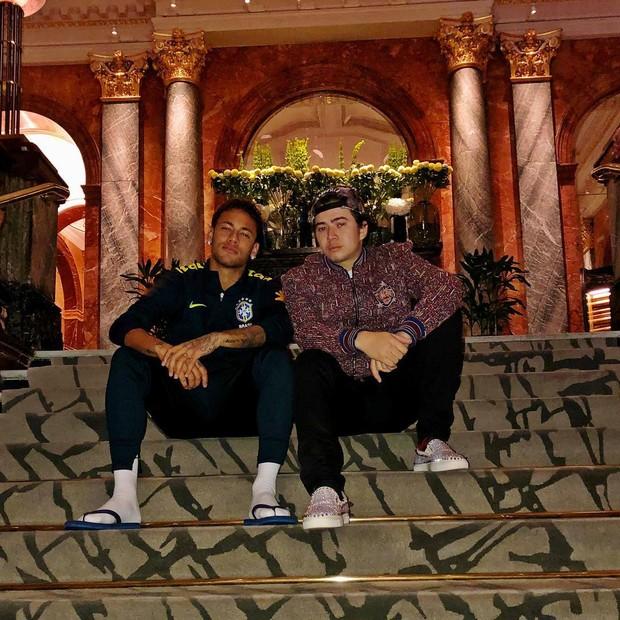 Whindersson Nunes e Neymar em Paris (Foto: Reprodução/Instagram)