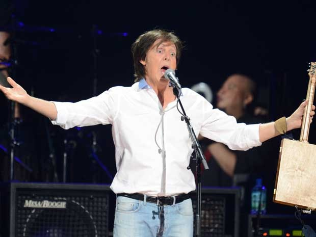 Paul McCartney encerrou show em Nova York. (Foto: Don Emmert / AFP Photo)