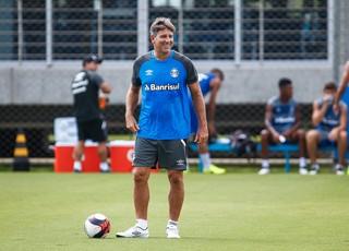 Renato comanda treino do Grêmio (Foto: Lucas Uebel / Grêmio, DVG)