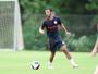 Uendel chega com missão de acabar com rodízio no lado esquerdo do Inter