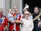 Príncipe George, Kate e William vão a desfile militar em Londres