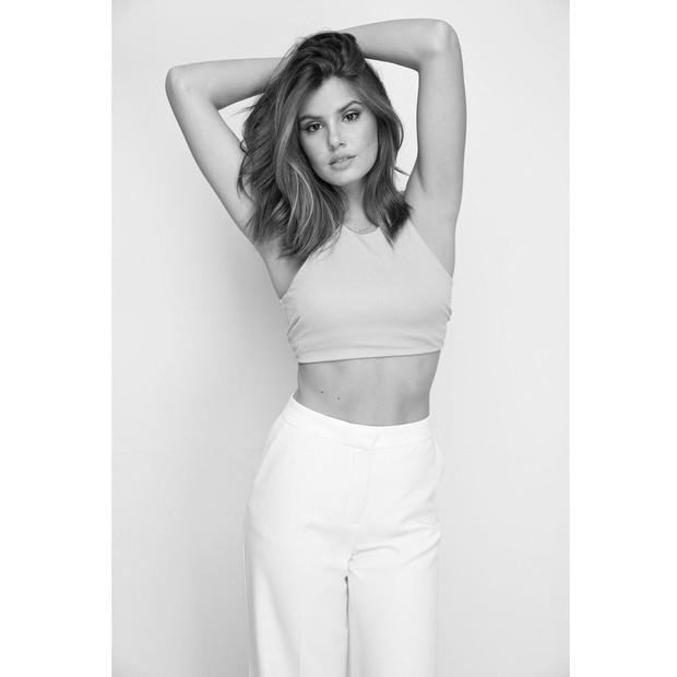 Camila Queiroz (Foto: Reprodução/Instagram/Klebber Toledo)