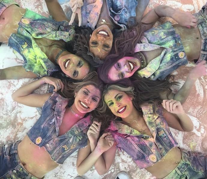 Bailarinas do Faustão participam de clipe de Avneh Vinny (Foto: Divulgação )