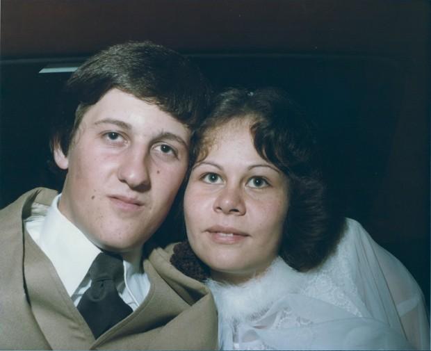 Tania e Vanderlei se casaram pouco tempo após se conhecerem (Foto: Arquivo Pessoal)