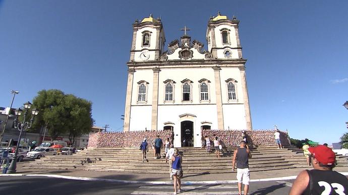 Basílica do Senhor do Bonfim atrai centenas de turistas pelo sincretismo (Foto: TV Bahia)
