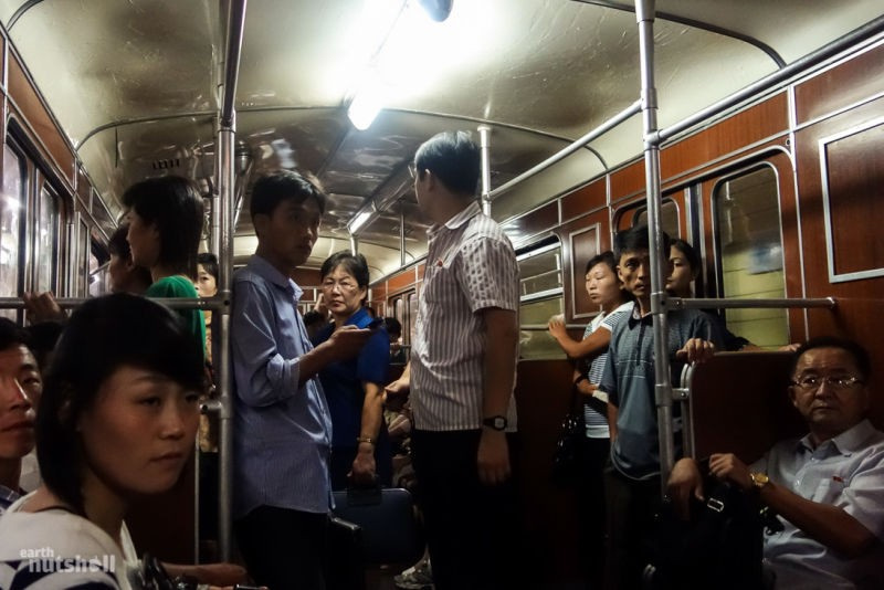 """Conheça o """"misterioso"""" metrô da Coreia do Norte"""