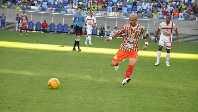 Ruy Cabeção meia do CEOV Operário (Foto: Robson Boamorte)