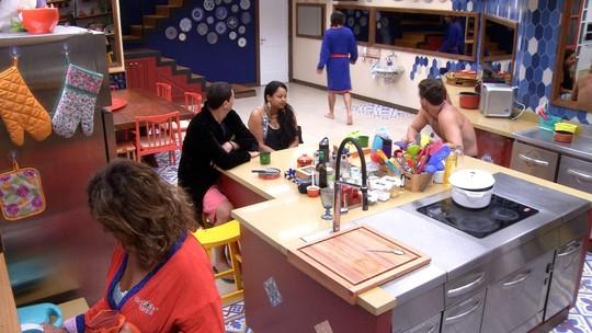 Ilmar deixa a cozinha: 'Não quero mais ficar na presença de vocês'