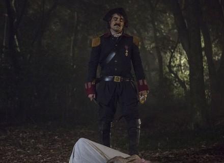 Tolentino mata Gironda para salvar André