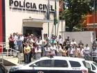 Funcionários da Polícia Civil fazem protesto em Rio Preto