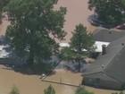 5 morrem e 4 desaparecem após inundação em base militar no Texas