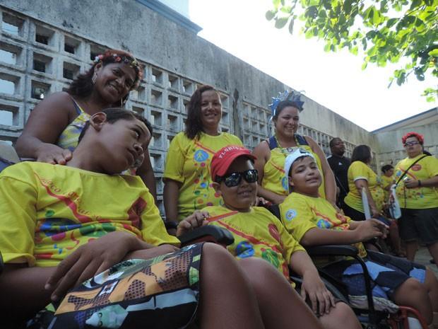 Crianças tiveram ala exclusiva no bloco (Foto: Thays Estarque/G1)