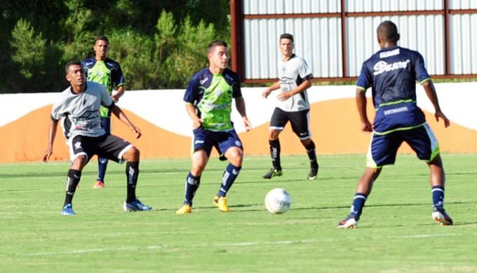 Rio Branco estreia na Série A2 no dia 25; já a Caldense inicia no Mineiro no dia 26 de janeiro (Foto: Nacim Elias / Assessoria Rio Branco)
