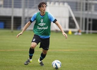 Zagueiro Pedro Geromel, do Grêmio, no CT Luiz Carvalho (Foto: Lucas Uebel / Grêmio / Divulgação)