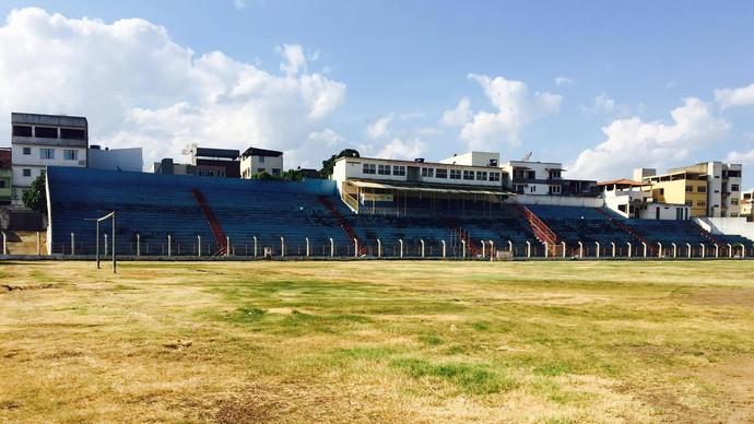 Estádio Justiniano de Melo e Silva, em Colatina (Foto: João Carlos da Silva)