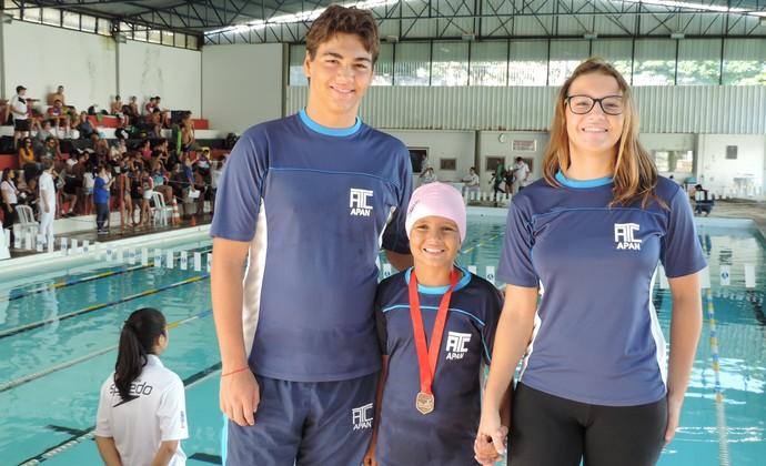 Família de Andradina, natação, Torneio Regional Petiz a Sênior, Prudente (Foto: João Paulo Tilio / GloboEsporte.com)