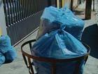 Coletores de lixo mantêm greve e acúmulo gera queixas em São Carlos