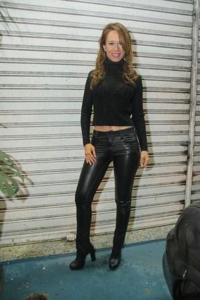Mariana Ximenes em festa na Zona Oeste do Rio (Foto: Daniel Pinheiro/ Ag. News)