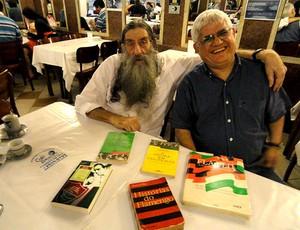 Nelson Rodrigues Filho com Mario Neto (Foto: Alexandre Alliatti / Globoesporte.com)