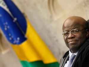 O presidente do STF, Joaquim Barbosa, na sessão plenária do STF após anunciar sua decisão de se aposentar em junho do cargo de ministro (Foto: Nelson Jr./SCO/STF)