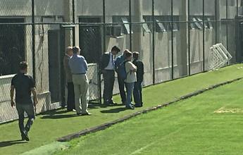 Jogadores têm reunião com diretoria, e Ricardo faz mistério para a Copa BR
