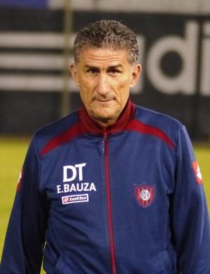 Edgardo Bauza, técnico do San Lorenzo (Foto: Daniel Mundim)