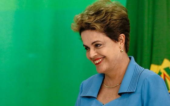 Dilma Roussef quando era presidente.Estamos evelhecendo mais e morrendo menos (Foto: Igo Estrela/Getty Images)