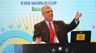 Romeu de Castro, vice-presidente da FFMS, dá palestra na CBF sobre futebol feminino (Foto: Divulgação/CBF)