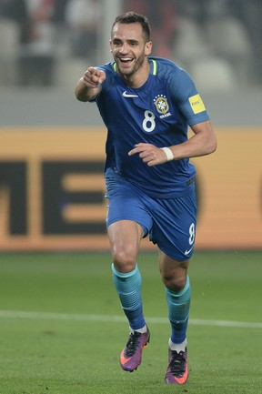 Renato Augusto Brasil x Peru
