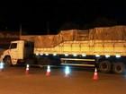Polícia apreende 900 caixas de cigarro e prende 5 pessoas em Buritis