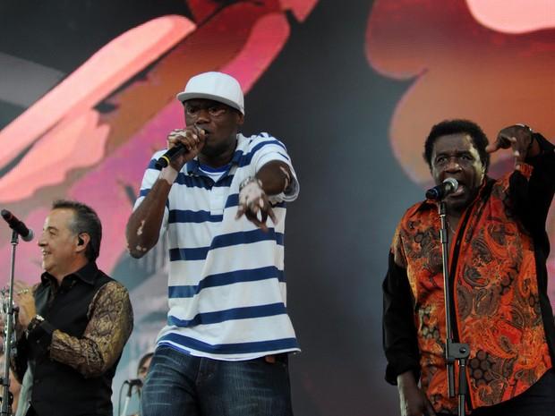 IRA!, Tony Tornado e Rappin Hood no palco Sunset (Foto: Alexandre Durão/G1)