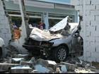 'Achei que passou mal', diz gerente sobre motorista que bateu em posto